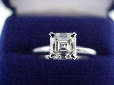 Asscher Cut Diamond Ring: 1.00 carat in Solitaire Style Mounting