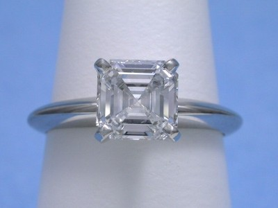 Asscher Cut Diamond Ring: 1.33 carat E VS1 in Solitaire style mounting
