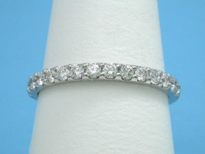 Diamond Wedding Band: 0.61 tcw Scallop Style Pave Set Diamonds