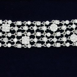 3.90 total carat weight Round Brilliant Cut 5-row diamond bracelet