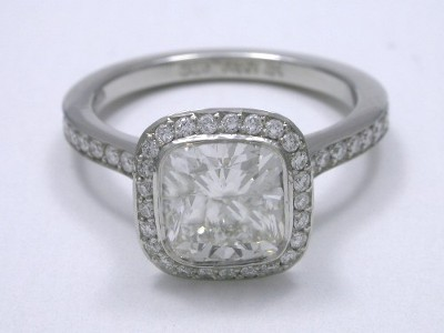 Bez Ambar Diamond Engagement Ring