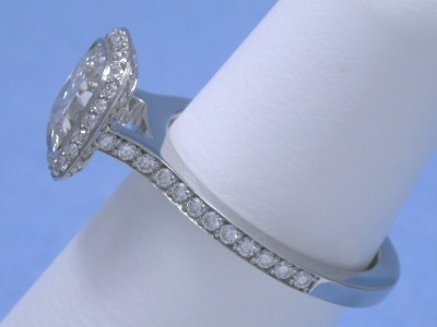 Cushion Cut Diamond in Bez Ambar Designer Mounting