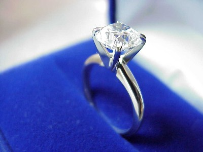 Cushion Cut Diamond Ring: 1.85 carat with 1.04 ratio in Split-prong Solitaire style mounting