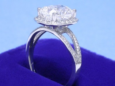 Cushion Cut Diamond Ring: 2.50 carat with 1.27 ratio in 0.45 tcw Split-Shank mounting