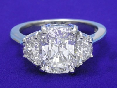 Diamond ring with 2.58 cushion modified brilliant diamond