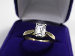 1.00 carat Emerald Cut diamond ring