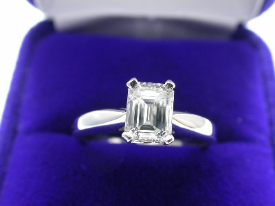 Emerald Cut Diamond Ring: 1.00 carat with 1.31 ratio in Basket Style Mounting