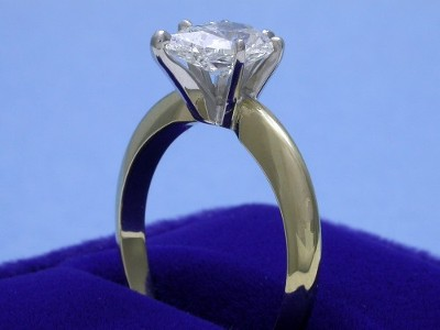 Pear Cut Diamond Ring: 1.04 carat with 1.52 ratio in six-prong Solitaire style mounting