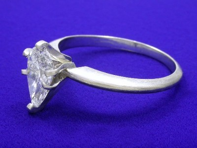 Diamond ring with 1.26 carat pear brilliant diamond