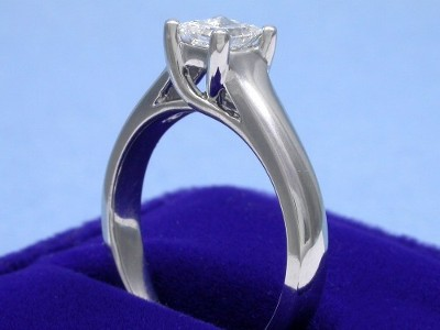 Princess diamond ring with custom Ingwer designer (Style ET136A) 14-karat white-gold Trellis-style mounting
