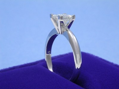 Princess Cut Diamond Ring: 0.82 carat in 14-Karat White-Gold Solitaire Mounting