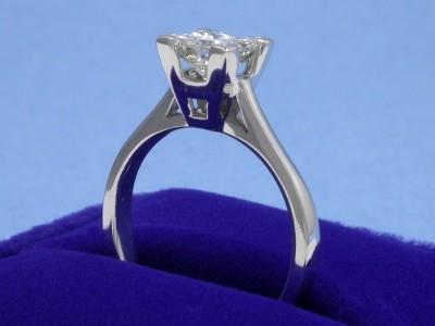 Princess Ring 0.90 ct basket-2