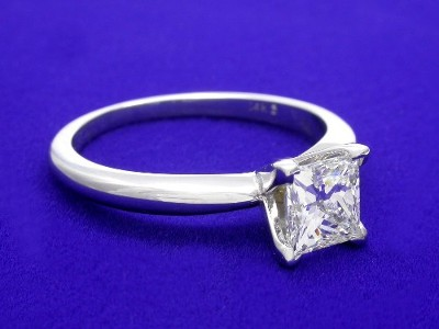 Princess Cut Diamond Ring with White Gold Mounting