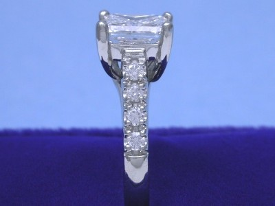 Princess Cut Diamond Enagement Ring