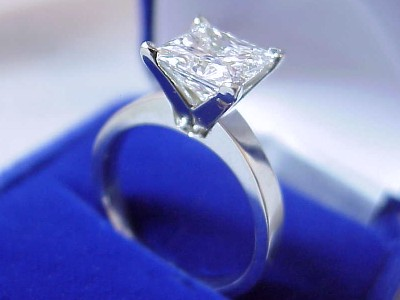 Princess Cut Diamond Ring: 2.35 carat H VS2 in thick shank Solitaire style mounting