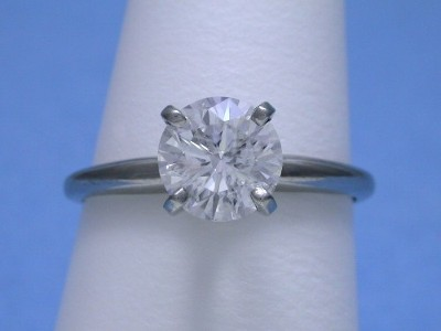 Round Diamond with Platinum Mounting