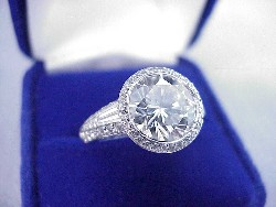 3.25 carat Round Diamond graded I color SI1 clarity in Bez Ambar designer pave mounting