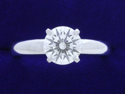 1.14-carat Round Brilliant cut diamond ring
