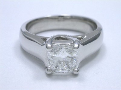 Square radiant cut diamond prong set in custom Ingwer (Style ET136A) 14-karat white gold Trellis style mounting