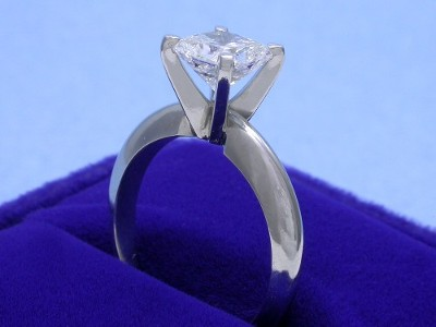 Radiant Cut Diamond Ring: 1.20 carat F VS2 with 1.00 ratio in Solitaire style mounting