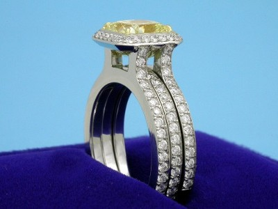 Radiant Cut Diamond Ring: 1.72 carat FIY with 1.00 ratio in 0.58 tcw Bez Ambar Mounting