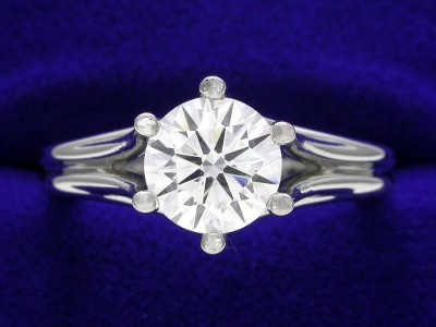 Round Diamond Ring: 1.00 carat in 6-prong Prestige mounting