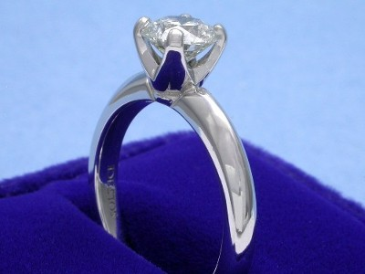 Round Diamond Ring: 1.01 carat in 4-prong Solstice style mounting