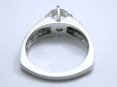 Round Diamond Ring: 1.51 carat in Satin and Polished Prestige Designer Mounting