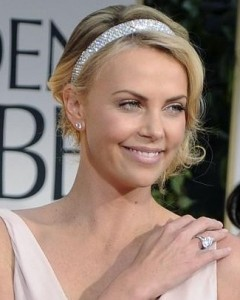 red-carpet-charlize-theron